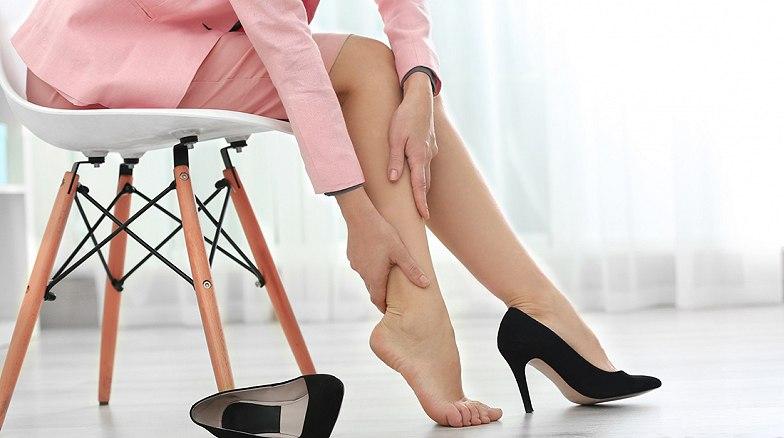 a térd alatti lábak viszketése visszeres a láb nagyon rosszul fáj a varikózisban