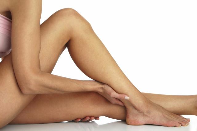 a térd alatti lábak viszketése visszeres piócák visszerek kezelésére